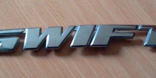 Suzuki Swift embléma, felírat, logó 77821-80EC0-0PG  Gyári Ft/db 1000Ft